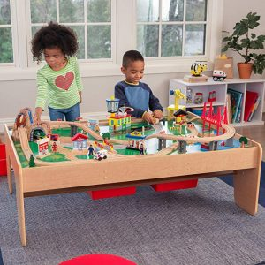 table circuit train bois KidKraft