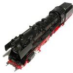 Le train en bois VS le train électrique: le grand match