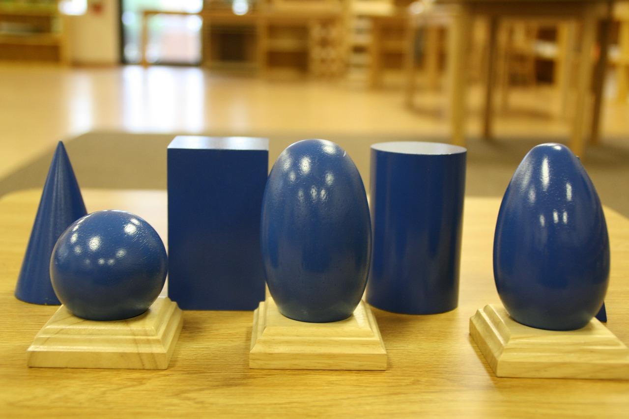 Read more about the article Ce que vous devez absolument savoir à propos des jouets Montessori